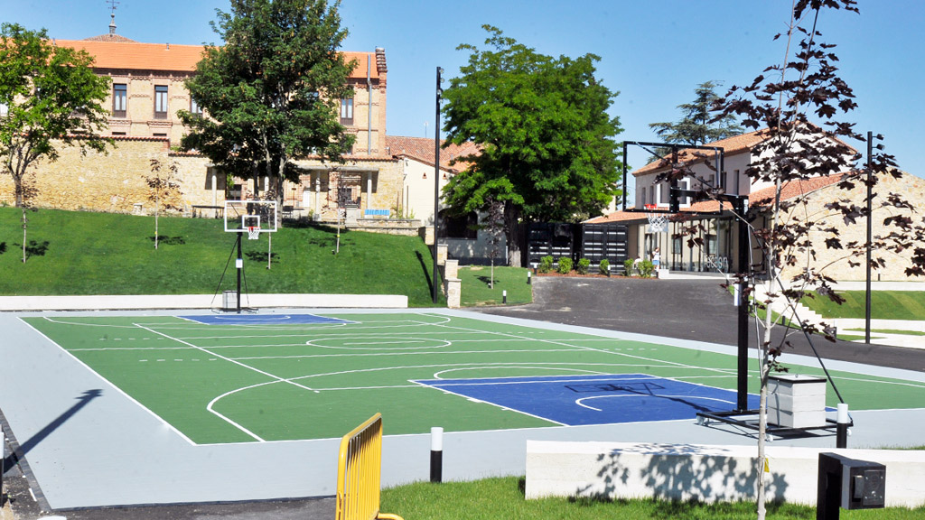 Segovia Campus Sports Courts Will Remain Closed