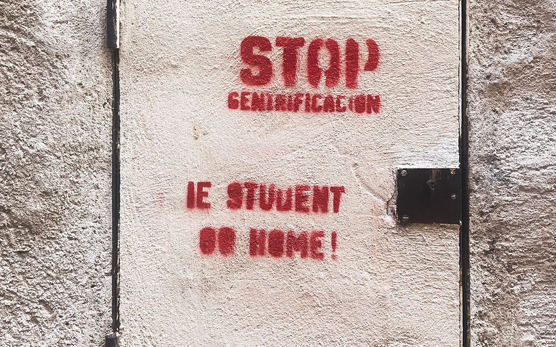IE Students Softened the 2008 Housing Crisis in Segovia: IE Students Go Home Series